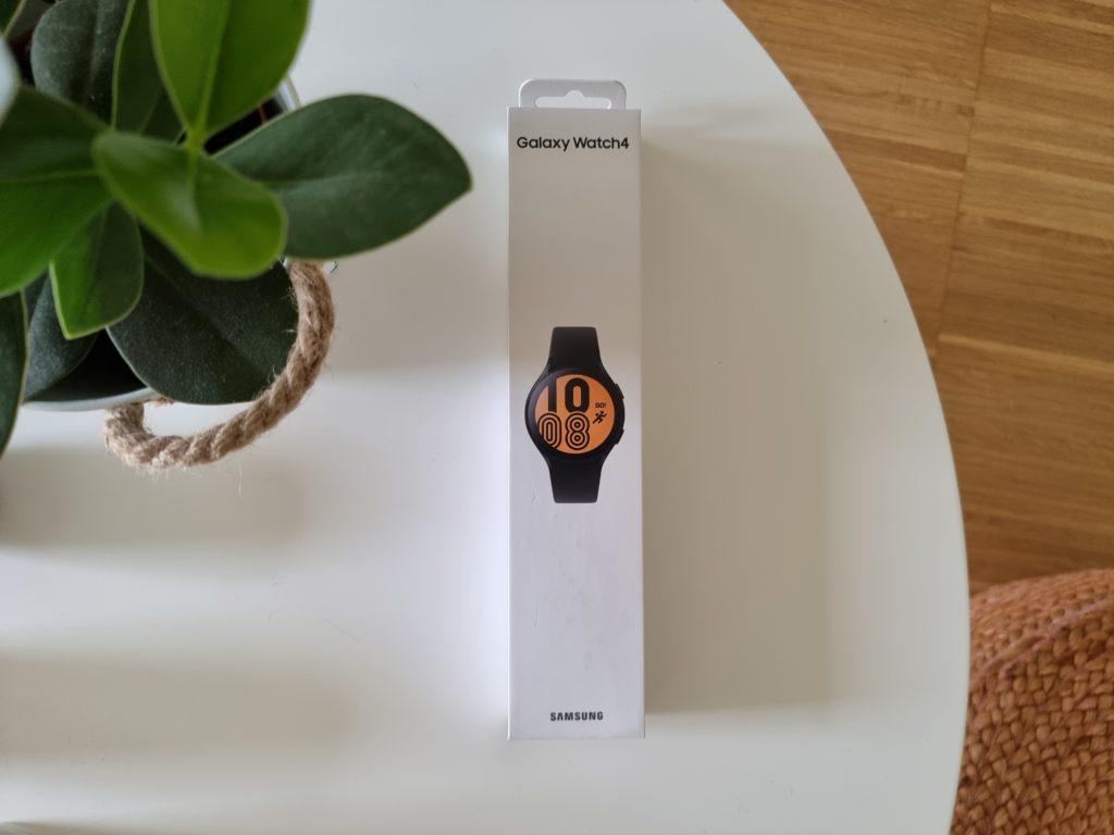 Samsung Galaxy Watch4 Verpackung