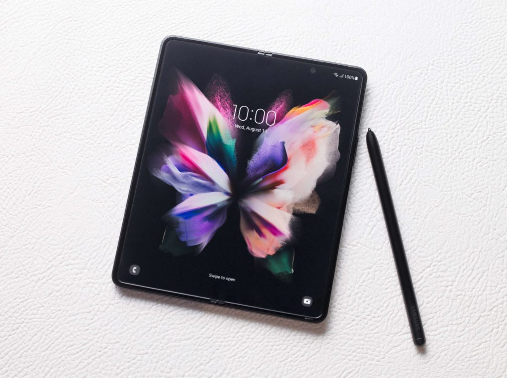 Samsung Galaxy Z Fold 3 5G mit S Pen Fold Edition.